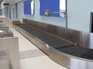 Belt conveyor for baggage